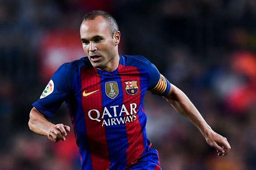 Iniesta tròn 20 năm đá ra mắt Barca: Nghệ sĩ vĩ đại - 1