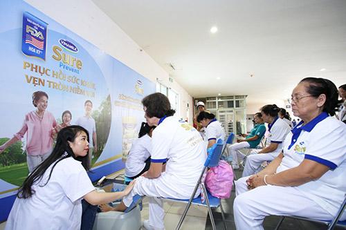Vinamilk đồng hành chăm sóc sức khỏe cho hơn 4.000 người cao tuổi - 4