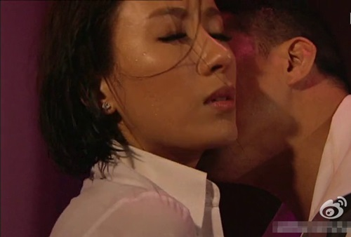 Những cảnh phim 18+ của ảnh hậu HK trước khi cưới - 5
