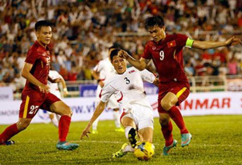 """ĐT Việt Nam đọ sức với """"Messi Indonesia"""" - 1"""