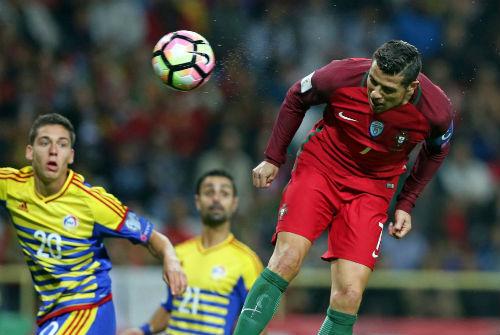 Ronaldo lập kỷ lục 4 bàn: Và con tim đã vui trở lại - 2