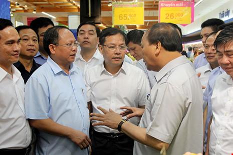 Thủ tướng bất ngờ vi hành ở TP.HCM - 3