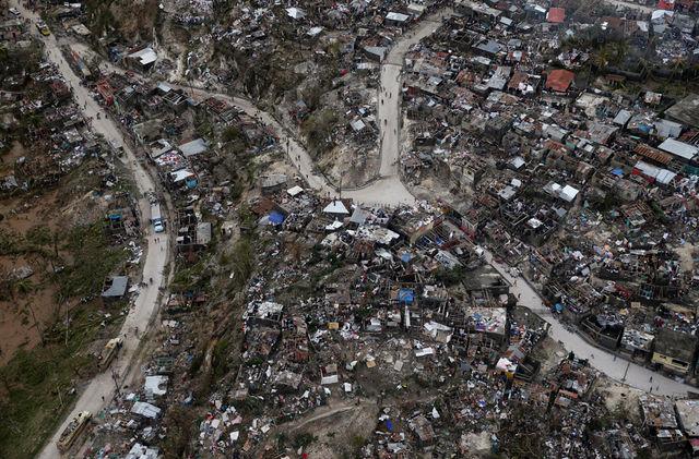 """Siêu bão """"Quái vật"""" khiến 870 người chết ở Haiti - 2"""
