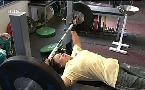 VĐV 4 lần dự Paralympic chỉ nhận lương 500 nghìn đồng/tháng - 2