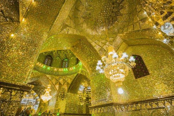 Vẻ đẹp gây choáng trong thánh đường Hồi giáo có vẻ ngoài đơn giản - 7