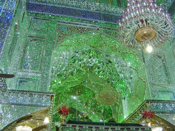 Vẻ đẹp gây choáng trong thánh đường Hồi giáo có vẻ ngoài đơn giản - 3
