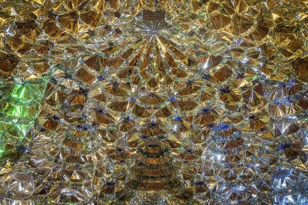 Vẻ đẹp gây choáng trong thánh đường Hồi giáo có vẻ ngoài đơn giản - 6