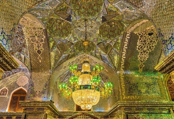 Vẻ đẹp gây choáng trong thánh đường Hồi giáo có vẻ ngoài đơn giản - 11