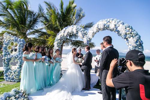 Choáng ngợp lễ cưới xa hoa của cô gái Ninh Bình - 8