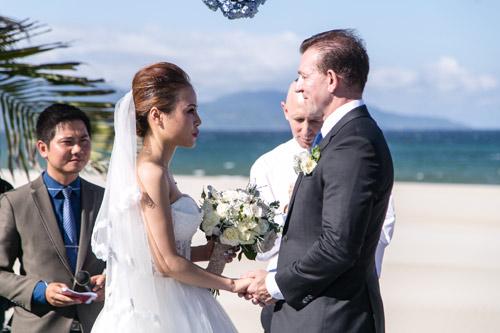 Choáng ngợp lễ cưới xa hoa của cô gái Ninh Bình - 11