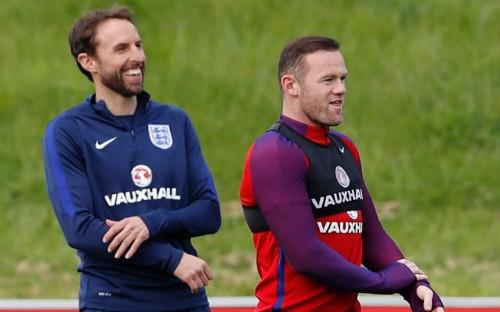 Tin HOT bóng đá tối 8/10: Rooney vẫn được ưu ái ở ĐT Anh - 1