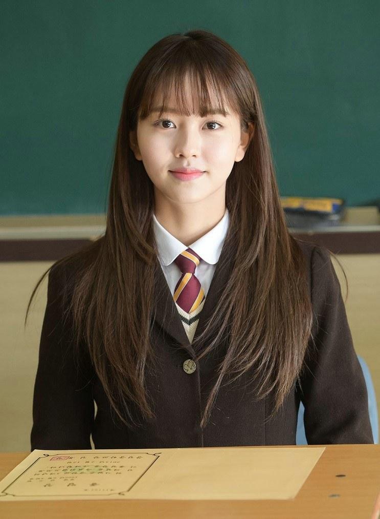 """Vẻ đẹp trong sáng của """"ma nữ"""" xinh đẹp nhất màn ảnh Hàn - 9"""