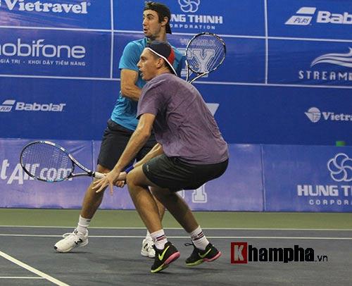 Người đẹp Hoàng Yến Chibi cổ vũ Hoàng Nam ở Vietnam Open 2016 - 3