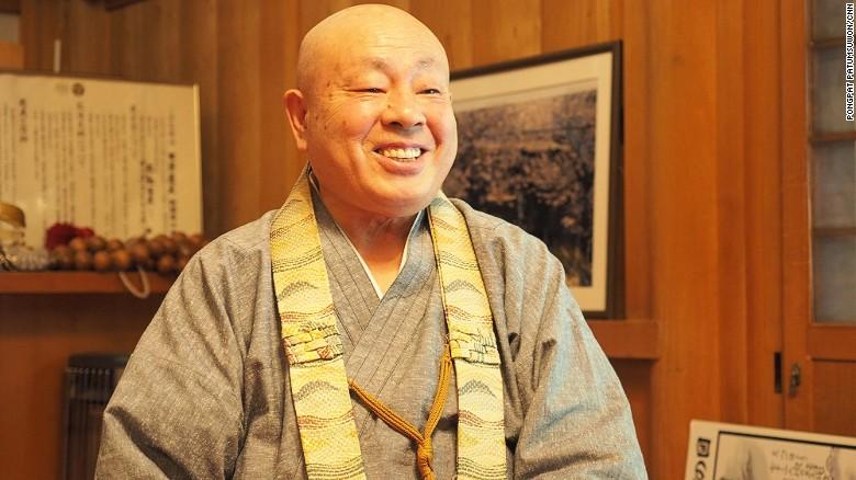 """Ngôi đền treo hàng trăm """"bộ ngực"""" phụ nữ ở Nhật Bản - 5"""