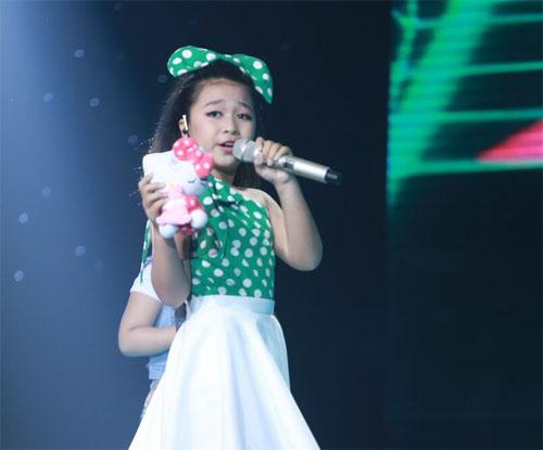 """Tiểu Thu Minh"" gây sốt The Voice Kids - 2"