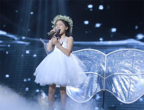 """Tiểu Thu Minh"" gây sốt The Voice Kids - 8"