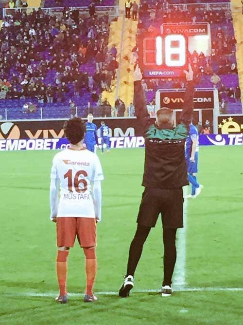 """Ngỡ ngàng """"Pogba 14 tuổi"""" đá ra mắt đội 1 Galatasaray - 1"""
