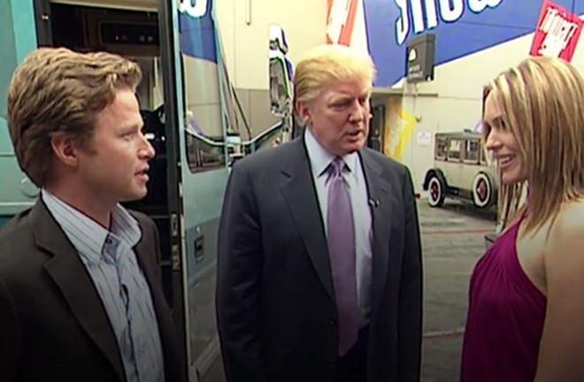 Phát ngôn dâm tục của Trump bị lộ, Đảng Cộng hòa hỗn loạn - 2