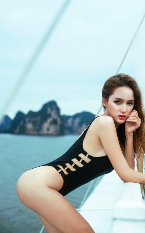 Mỹ nhân Việt gợi cảm với áo tắm khoét hông cao táo bạo - 14