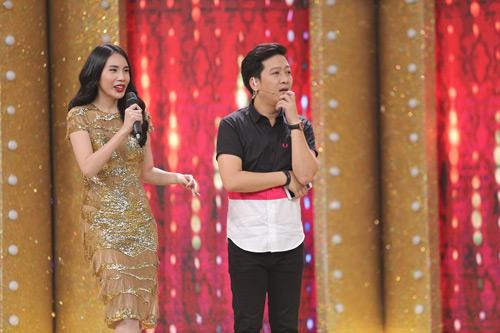 Thủy Tiên mua váy ở chợ Bến Thành để quay show tiền tỷ - 2