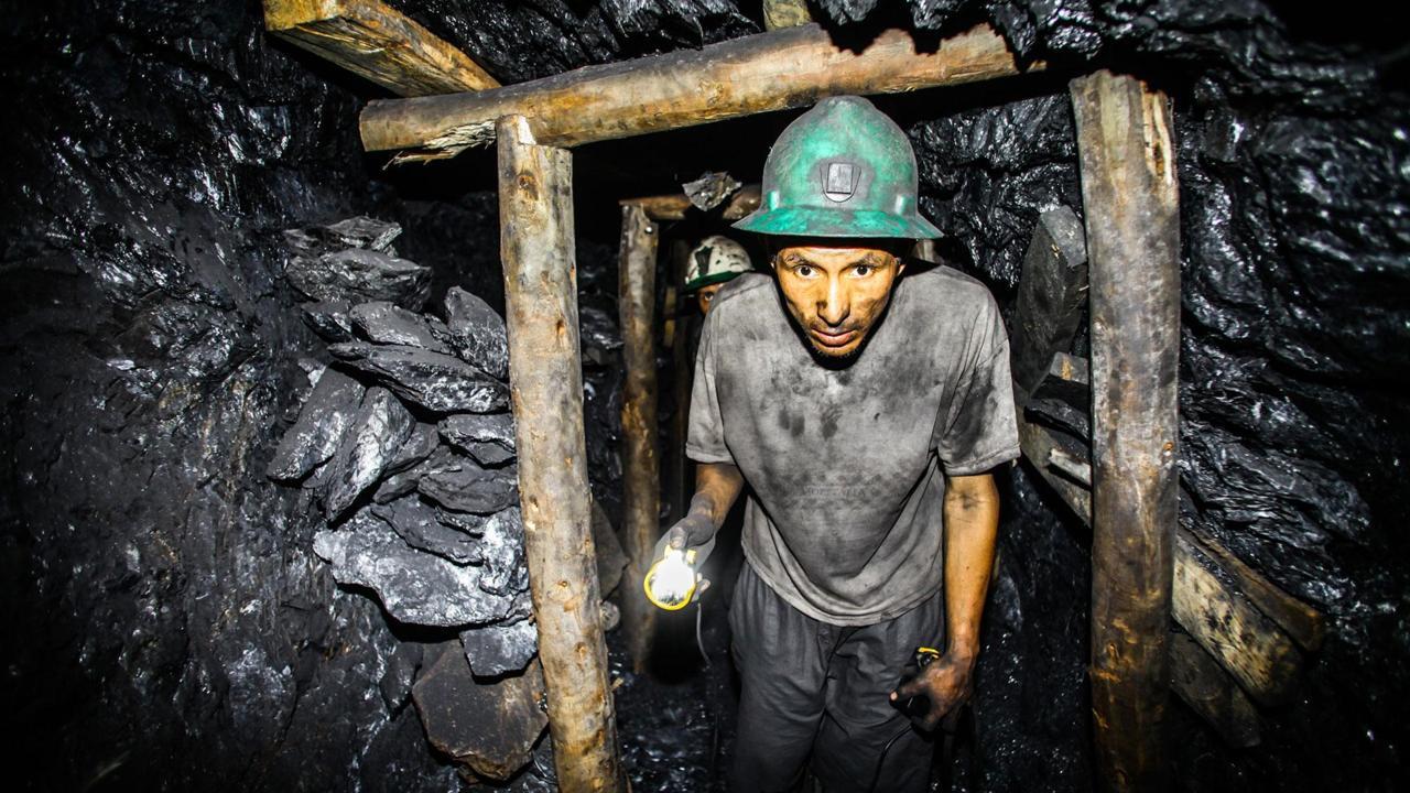 """Mỏ vàng """"đẻ"""" 100 tấn mỗi năm trên nóc nhà thế giới - 3"""