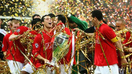 """Nhờ bị """"bắt nạt"""" ở MU, Ronaldo mới có ngày hôm nay - 2"""