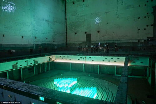 Ảnh: Căn cứ hạt nhân TQ trong hang nhân tạo lớn nhất TG - 3