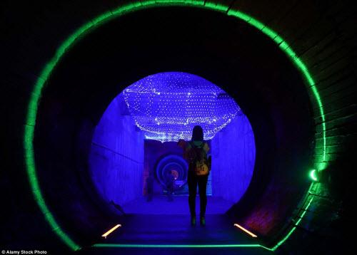 Ảnh: Căn cứ hạt nhân TQ trong hang nhân tạo lớn nhất TG - 4