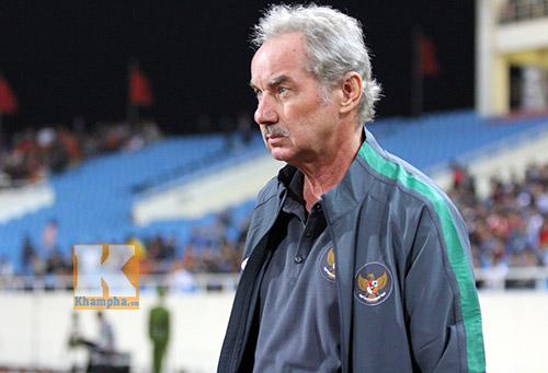 Alfred Riedl khen ĐTVN mạnh hơn Indonesia và Malaysia - 1