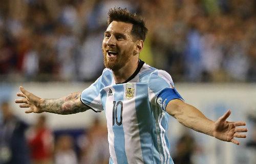 Sao Serie A: Messi hay thứ 5 thế giới, thua Benzema - 2