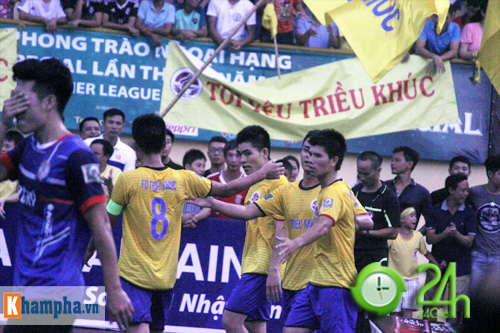 """Giải """"phủi"""" cạnh tranh sức nóng với đội tuyển Việt Nam - 1"""