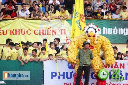 """Giải """"phủi"""" cạnh tranh sức nóng với đội tuyển Việt Nam - 5"""