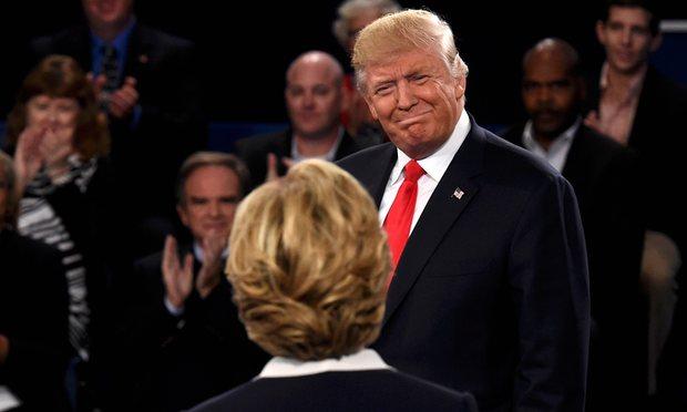 Tranh luận lần 2:Trump lấy công làm thủ sau video nói tục - 4