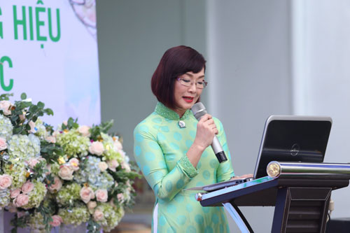 Lại Kha Ly chính thức là đại sứ thương hiệu TTTM Hoàng Hạc - 3