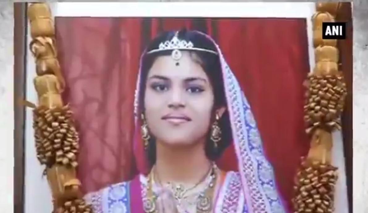 Bé gái Ấn Độ tử vong sau 68 ngày nhịn ăn theo nghi lễ - 1
