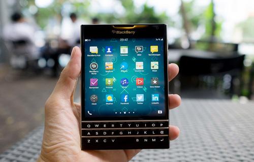 Blackberry Passport giảm 50% tạo cơn sốt tháng 10 - 3