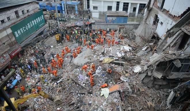 TQ: 4 chung cư 5 tầng bất ngờ đổ sập, nhiều người chết - 3