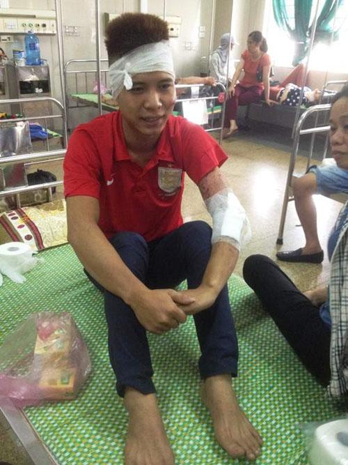 Xe khách gặp nạn ở Ninh Bình, hơn 20 người nhập viện - 2