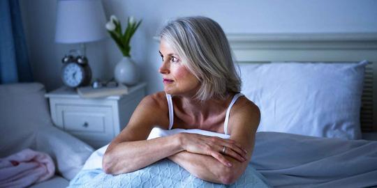 Mất ngủ làm tăng mảng bám thành mạch - 1
