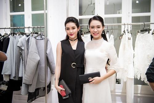 Top người đẹp Việt hội tụ, khoe nét xuân thì - 6