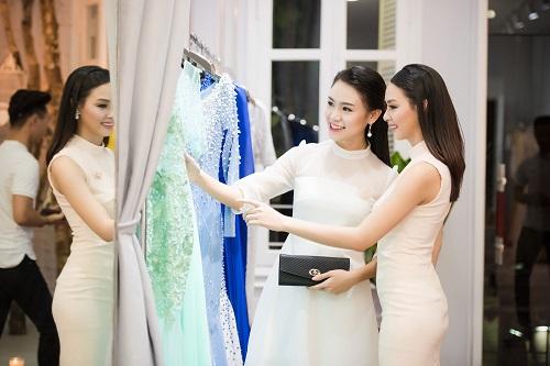 Top người đẹp Việt hội tụ, khoe nét xuân thì - 7