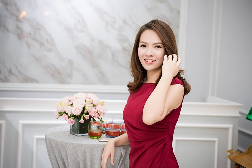 Top người đẹp Việt hội tụ, khoe nét xuân thì - 13