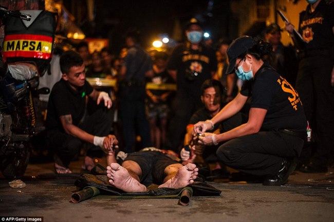 100 ngày của Tổng thống Philippines: 3.700 người chết - 7