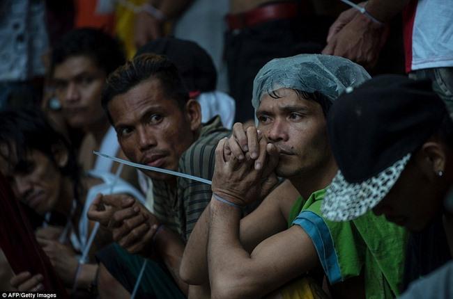 100 ngày của Tổng thống Philippines: 3.700 người chết - 6