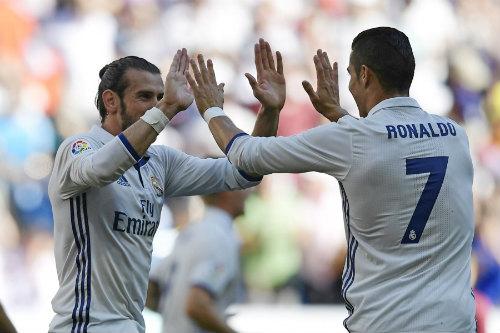 """Real: Đã đến lúc Bale thay Ronaldo trở thành """"kép chính"""" - 2"""