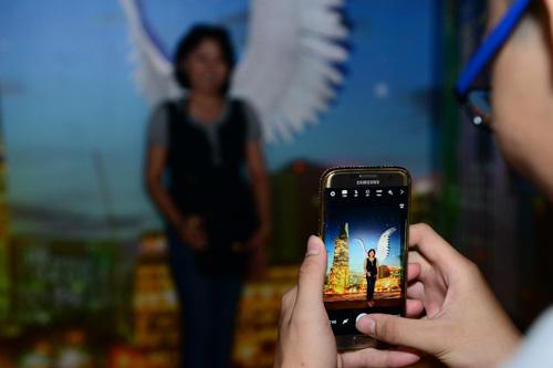 Choáng ngợp sàn diễn công nghệ đẳng cấp Galaxy Studio tại Việt Nam - 3