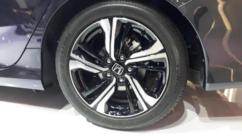 Honda Civic 2016 chính thức ra mắt tại Việt Nam - 4