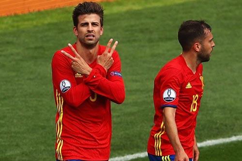 """Bỏ tuyển TBN, Pique có lại """"rút lời"""" như Messi? - 2"""