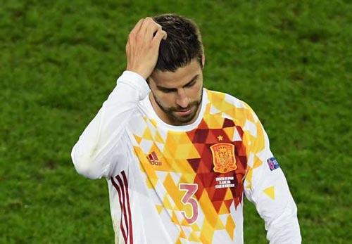 """Bỏ tuyển TBN, Pique có lại """"rút lời"""" như Messi? - 1"""