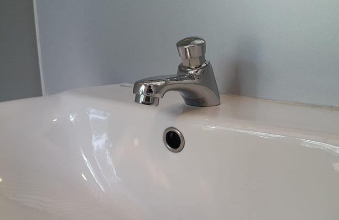 1.000 nhà vệ sinh công cộng siêu sạch của HN trông ra sao? - 6